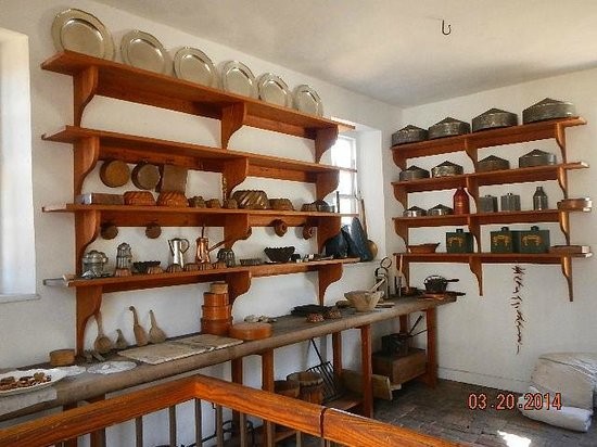 Colonial Williamsburg : Kitchen to the palace