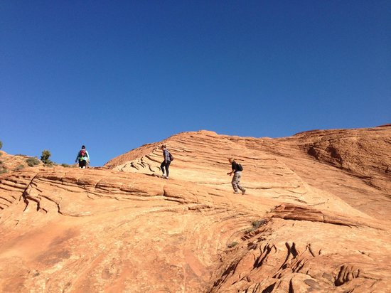 Red Mountain Resort: Hiking in Snow Canyon State Park