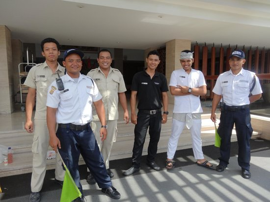 The Magani Hotel and Spa: Some of the Beautiful Staff