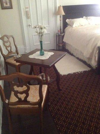 The Talbot House Inn: Room 1