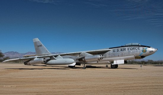 Pima Air & Space Museum : 53-2135 Boeing B-47E Stratojet