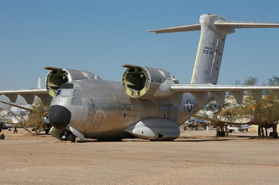 Pima Air & Space Museum : 72-01873 Boeing YC-14A
