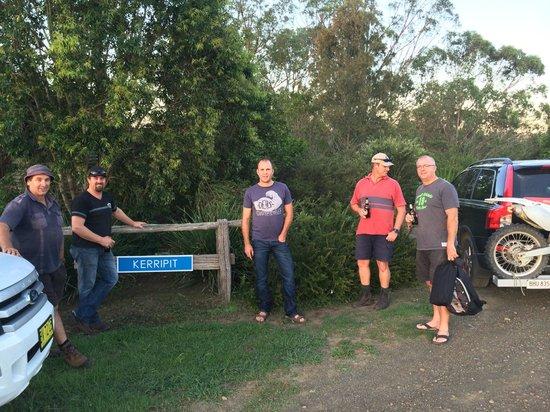 Barrington Hideaway: Front of cabin
