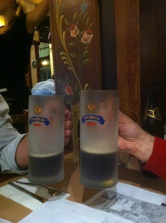 Una's: Austrian beer in authentic glasses