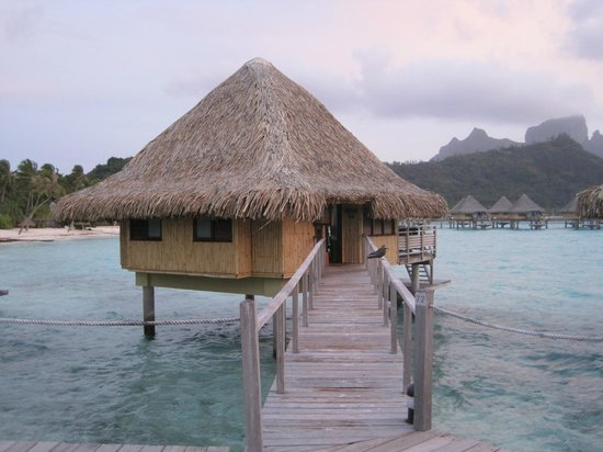 InterContinental Bora Bora Le Moana Resort: Bungalow 72 - front view