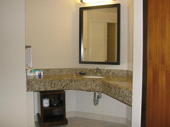 Hyatt Regency Orange County: Baño dormitorio 2