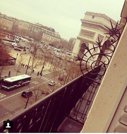 Maison Albar Hotel Paris Champs-Elysées: Terrace view