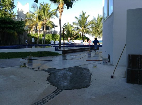 Le Reve Hotel & Spa Boutique Beachfront: 'Completed' construction