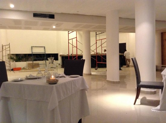 Le Reve Hotel & Spa Boutique Beachfront: 'Finished' restaurant