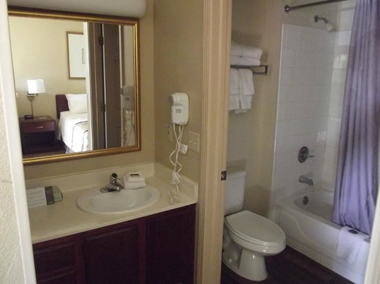 Crossland Phoenix - Metro - Black Canyon Highway: Bathroom with separate washstand.