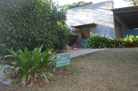 Hix Island House: Reception