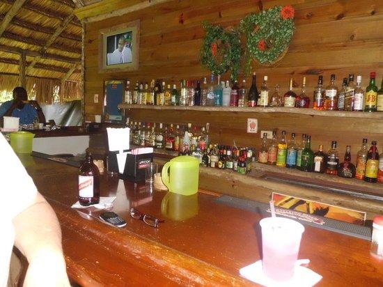 Scotchie's: Bar