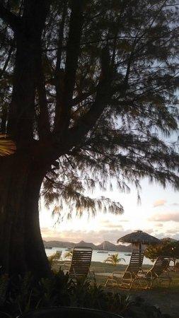 Oualie Beach Resort : Sunset at Oualie