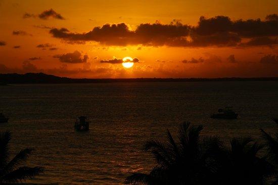 Alexandra Resort: sunset from balcony