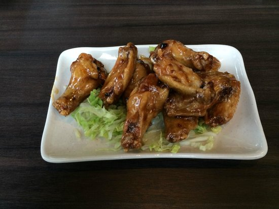 Ebisu on Robson : Honey Garlic Wings