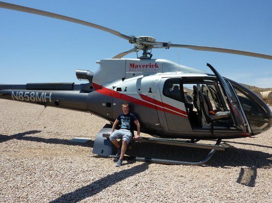 maverick tour of canyon picture of maverick helicopters. Black Bedroom Furniture Sets. Home Design Ideas
