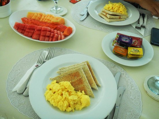Eden - The Residence at the Sea : English Breakfast