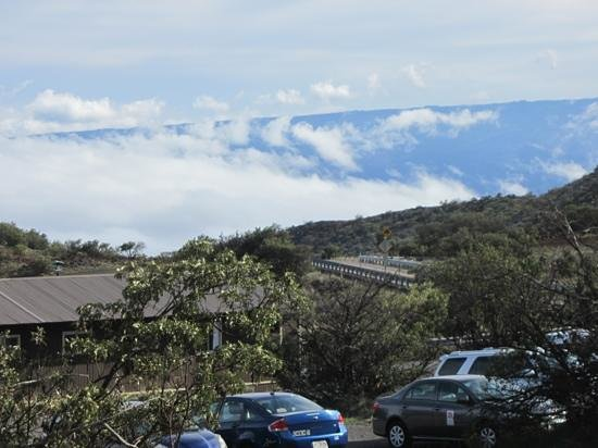 Maunakea Visitor Information Station : view from visitor station