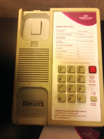 Crowne Plaza San Antonio Airport : The dirty phone too gross to touch-bring rubber gloves