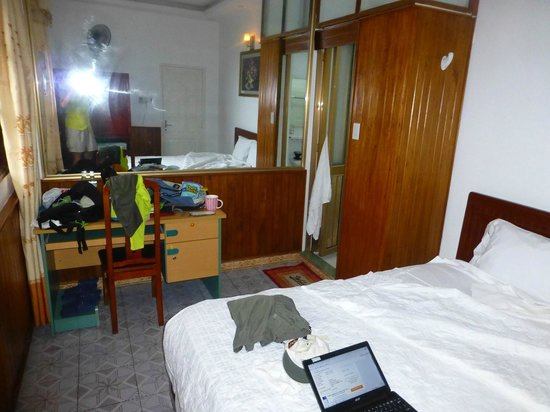 Ngoc Anh Hotel 2: not the room advertised or booked