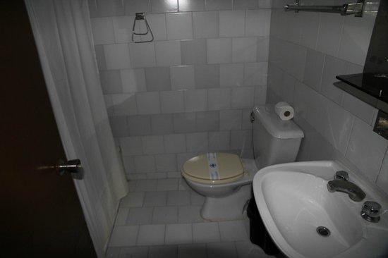 Villa Caburní : bath