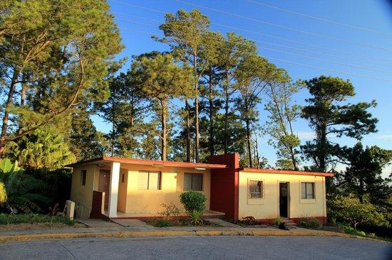 Villa Caburní : office