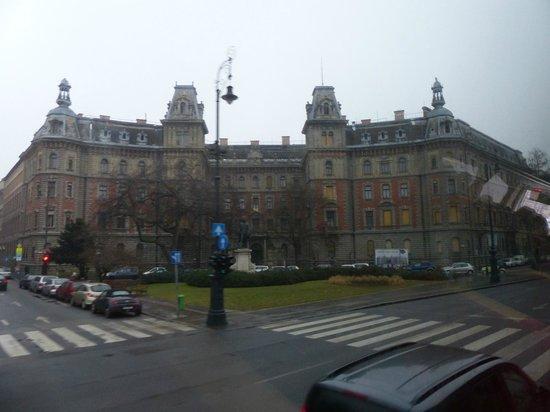 Andrassy Avenue : Fachadas sobre la Avenida
