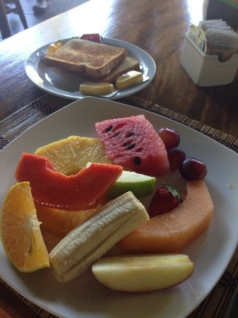 Hotel Club del Mar: continental breakfast