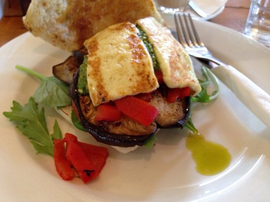The Upfront Club: My vegetarian panini...red capsicum, haloumi, aubergine and pesto...delicious!