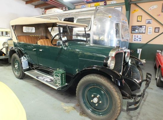 Hooters Vintage and Classic Vehicle Hire Ltd: 1926 Dodge