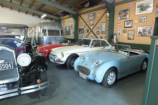 Hooters Vintage and Classic Vehicle Hire Ltd: 1958 Austin Healey Sprite