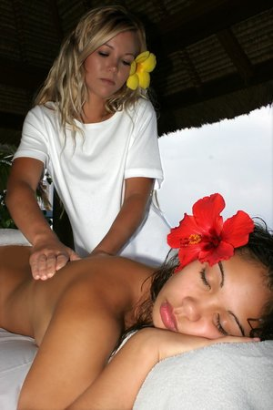 The Lotus Center: Relaxing Massage