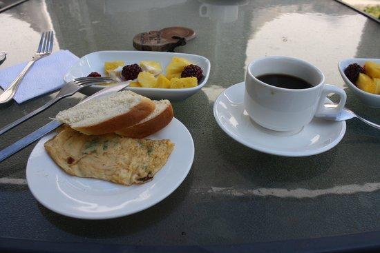 Hotel Refugio de Montana: Desayuno Dia 1
