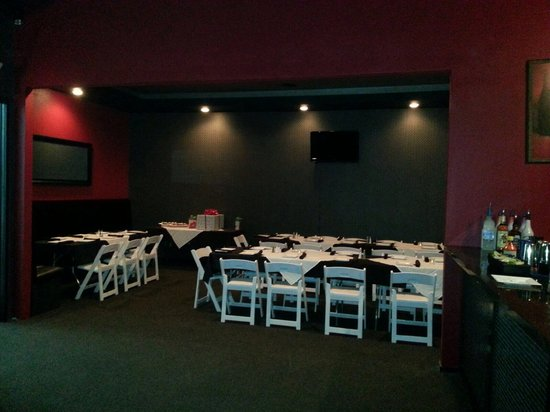 Park Avenue Restaurant Lounge: Private Room Available