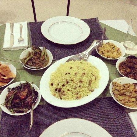 Nature Resort Tissamaharama: Home cooked Sri Lankan curry by Bala