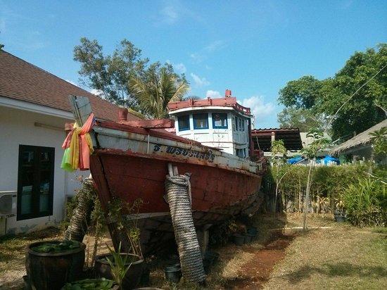 Krabi Aquamarine Resort : Aquamarine boat