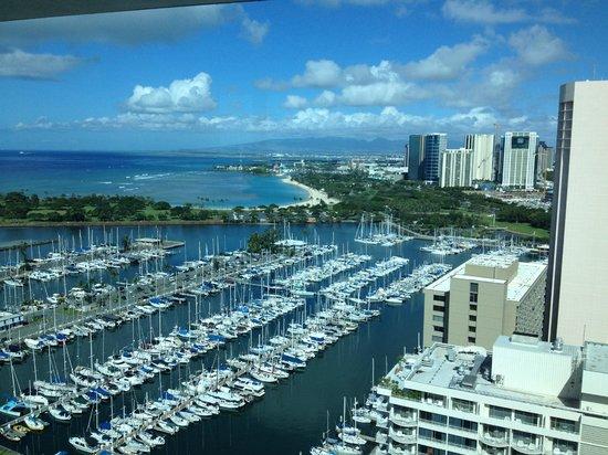 Waikiki Marina Resort at the Ilikai: View of Marina from Ilikai Penthouse