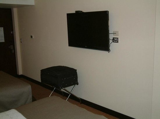Sonesta Hotel Cusco: TV WITH  CABLE