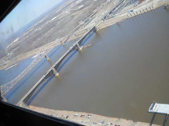 Gateway Arch: Looking down river from the top
