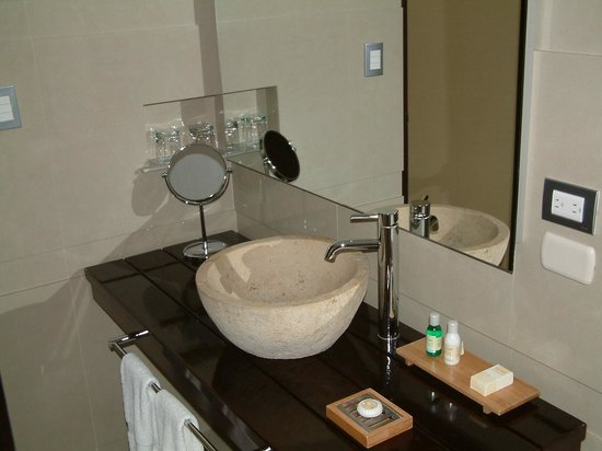Sonesta Hotel Cusco : NICE WASH SINK