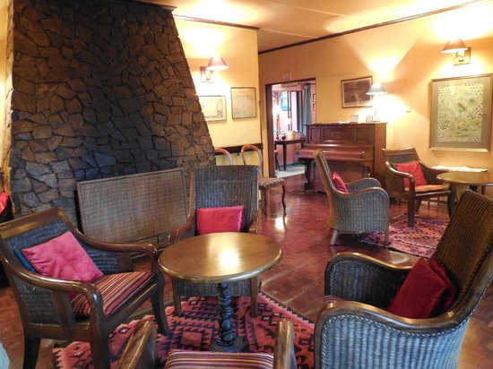 Foresters Arms: lounge