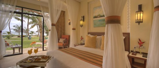 Sarova Whitesands Beach Resort & Spa : Premier Sea front rooms
