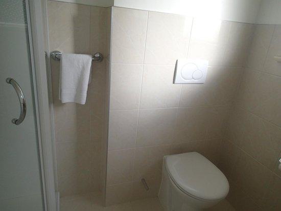 Kingsgate Hotel Te Anau: バスルーム