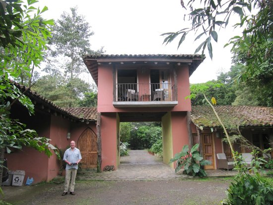 Hacienda La Isla Lodge : The Chapel is the upper floor