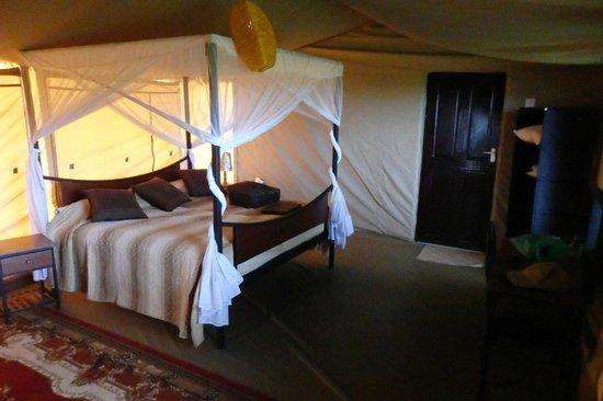 Ngorongoro Wildcamp: Bedroom in tent