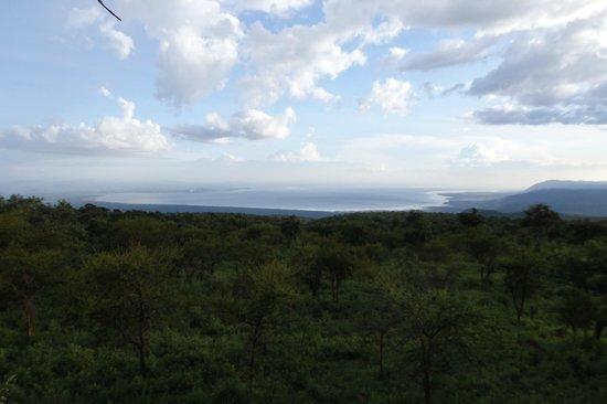Ngorongoro Wildcamp: View of Lake Eyasi