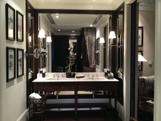 137 Pillars House Chiang Mai: bathroom
