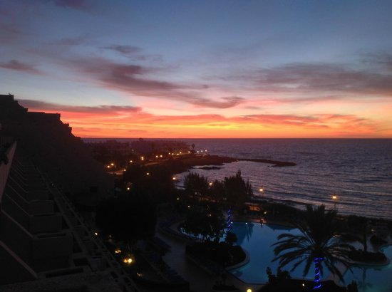 Hotel Grand Teguise Playa: View from room at sunrise