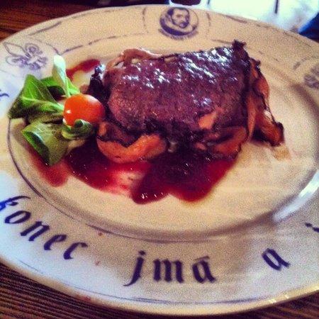 Pivnice Dacicky : Мясо дикого кабана