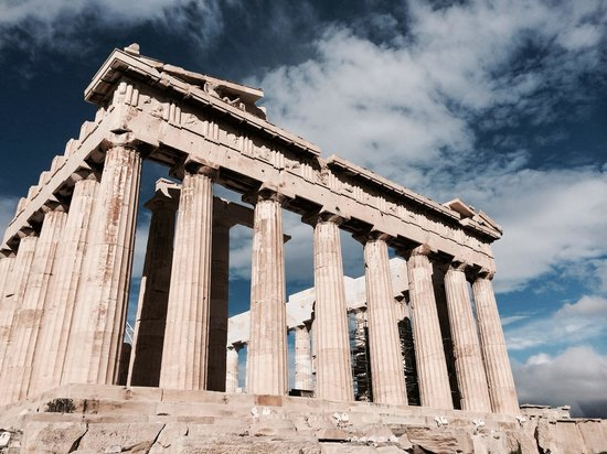 Airotel Parthenon: Right next door